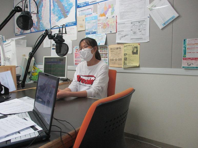 8月27日(木)にラジオ出演しました。